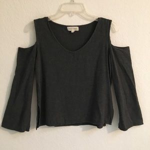 Anthropologie cloth & stone cold shoulder tee XS